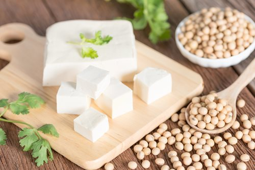 Tofu-with-soy-bean-_shutterstock_661010404.jpg